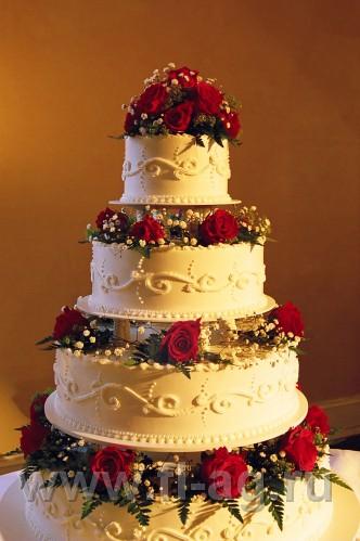 Элитный многоярусный свадебный торт с